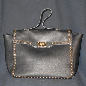 BLACK FOREVER 21 SATCHEL WITH GOLD STUDS